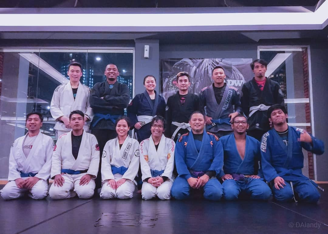 How to find a proper martial arts/MMA gym