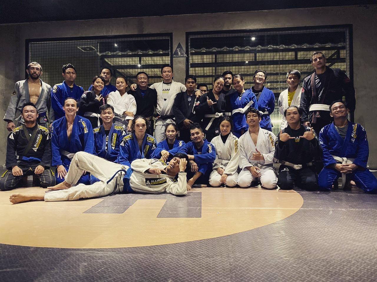 Berapa kira-kira biaya belajar Brazilian Jiu Jitsu?